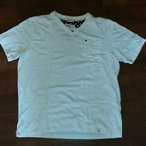 Mens XL V neck t-shirt